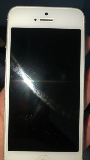 iPhone 5 & iPhone 6s for Sale in Buena Vista, VA