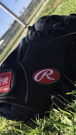 Rawlings Heart Of The Hide Catchers Glove Salvador Perez Edition 32.5 for Sale in Long Beach,  CA