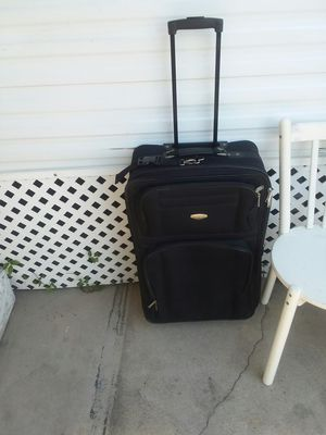 Suitcase for Sale in Bellflower, CA