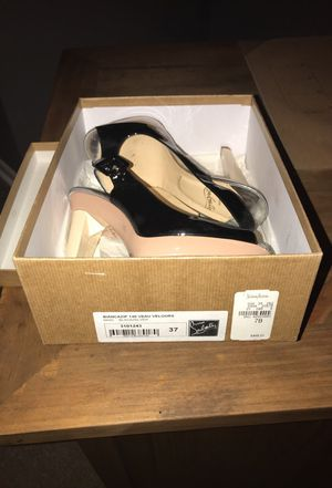 Louboutin Red bottoms for Sale in Bolingbrook, IL