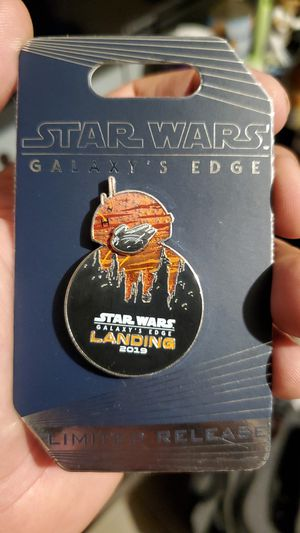 Limited Release Star Wars Galaxy's Edge disney pin for Sale in Alafaya, FL