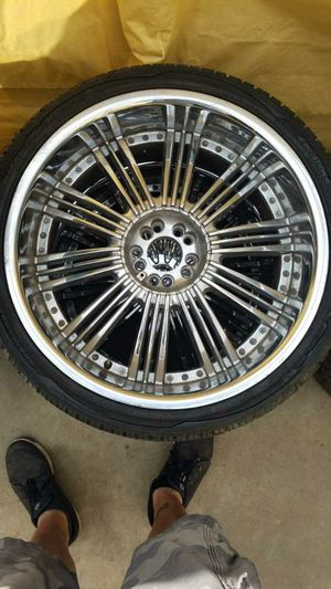 "22"" chrome rims for Sale in Los Angeles, CA"