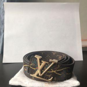 Louis Vuitton belt for Sale in Burke, VA