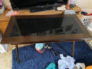 Computer desk / desk for Sale in Corona, CA