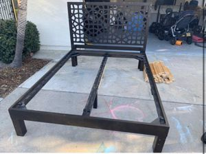 Queen bed frame for Sale in Carlsbad, CA