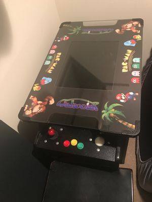 Table top classic arcade machine with 400+ games for Sale in Southbury, CT