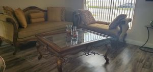Living room set / Juego de Sala (1 sofa, 1 loveseat, 1 chair, 2 tables and pillows) for Sale in Miami, FL