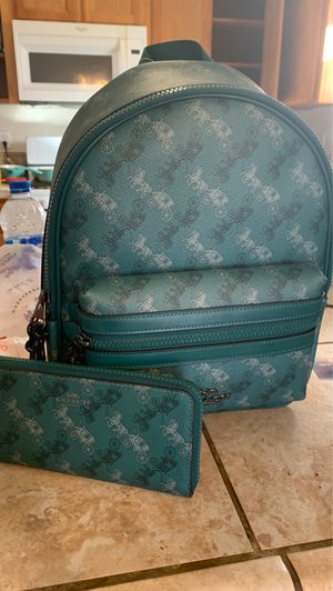 Brand new coach purse and wallet for Sale in Visalia, CA