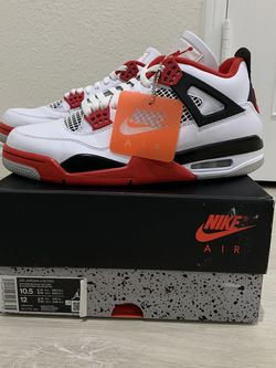 Jordan 4 Fire Red Size 10.5 $240 for Sale in Monrovia,  CA