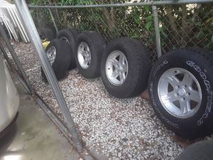 5 jeep,trailer wheels with tires $150 for Sale in Apopka, FL