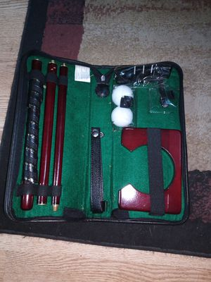 Portable puting set w/ Leather carrying case for Sale in Pekin, IL