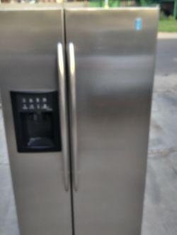 Refrigerator GE stainless steel for Sale in Phoenix,  AZ