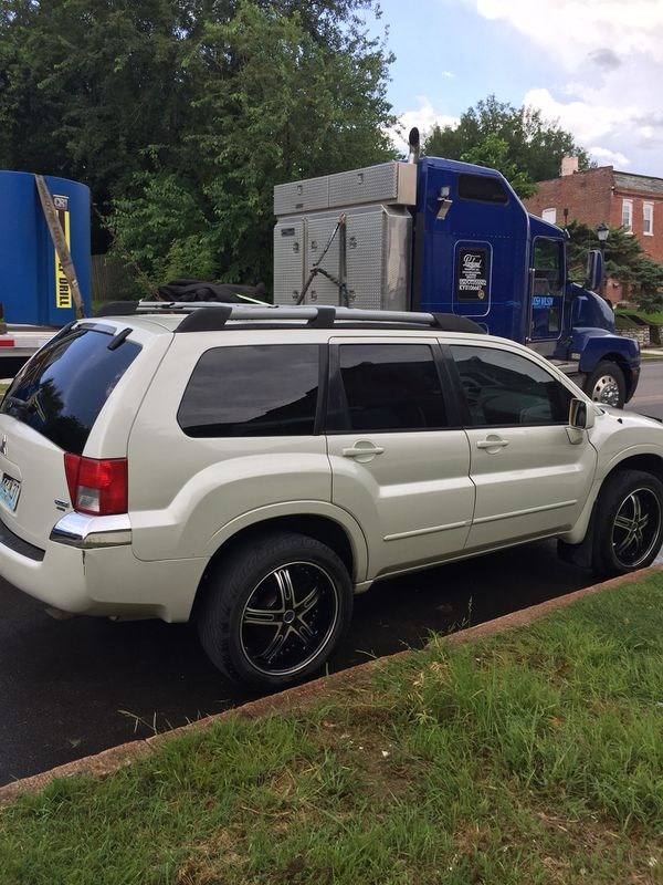 2004 Mitsubishi Endeavor Limited Edition Fully Loaded.