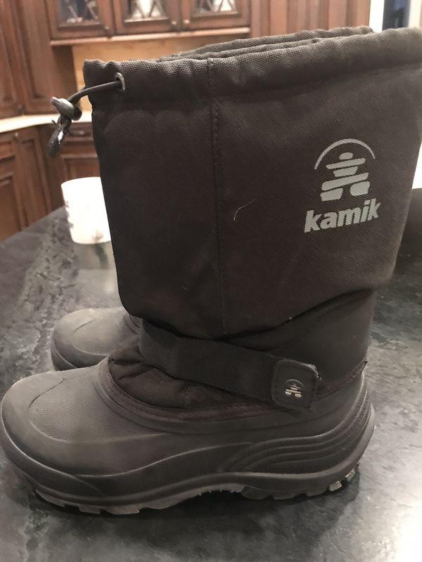 Kamik size 6 kids snow boots