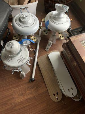 Lights fan fixtures for Sale in Fontana, CA
