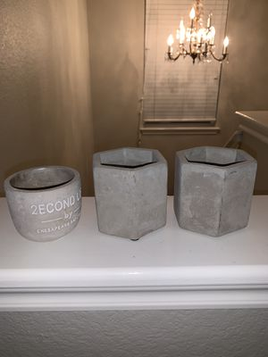 Candle holders, accessory holder. for Sale in Sun City, TX