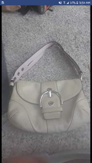 Authentic Coach Magnetic Clasp Hobo Bag for Sale in Austin, TX