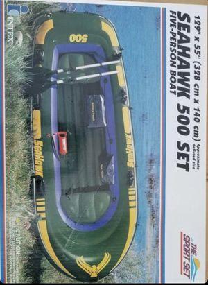 5 person boat like new for Sale in Stockton, CA