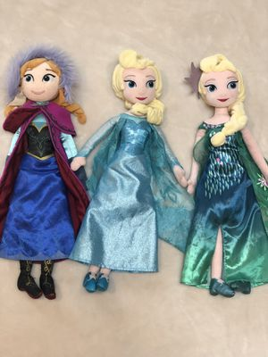 Disney Frozen Anna and Elsa plush dolls for Sale in Woodinville, WA