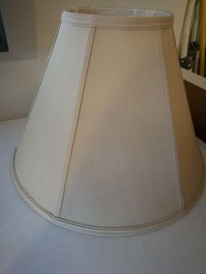 Beige lamp shade for Sale in Miami, FL