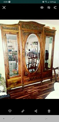 Vintage 1800s BEDROOM SET WITH ARMOIRE for Sale in San Diego,  CA