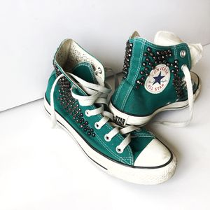 Converse with a metal elements.Green.Size7,5-8. for Sale in West Los Angeles, CA