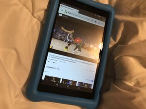 ***please read description*** Kids amazon fire hd 8 tablet. Only good for web browsing for Sale in Austin, TX