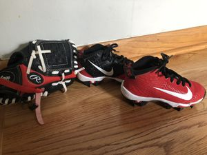 Nike Cleats and Rawlings Baseball Glove for Sale in La Grange, IL