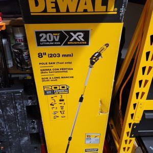 DEWALT 20V MAX XR Pole Saw, 15-Foot Reach, Tool Only (DCPS620B) for Sale in Edison, NJ
