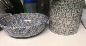 Henn Workshop Spongeware 2 quart Crock Blue Stoneware & Spongeware Blue Stoneware mixing bowl for Sale in Arlington, VA