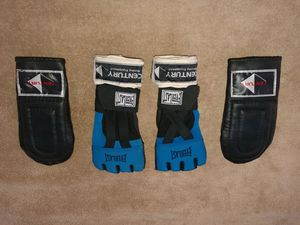 Bag Gloves / Workout Gloves & Wraps for Sale in Phoenix, AZ