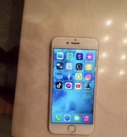 iPhone 7 Unlocked for Sale in Fort Pierce,  FL