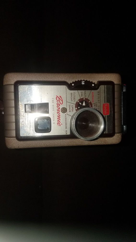8MM KODAK CAMERA