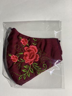 embroidered face masks with roses mascaras bien Bonitas bordadas con rosas tapa bocas for Sale in Stockton, CA