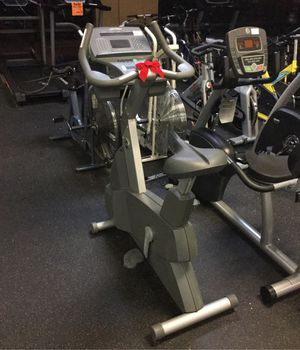 Life Fitness 95ci commercial grade upright exercise bike for Sale in Phoenix, AZ