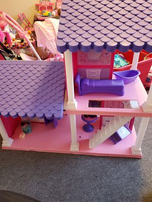 doll house for Sale in Clinton, MD