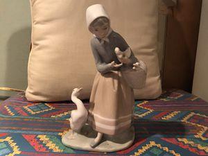 Lladro 4568 figurine. Shepherdes w ducks for Sale in Little Falls, NJ