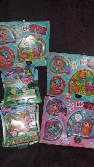 Lalaloopsy minis cars and set whit mini lalaloopsy for Sale in Inglewood, CA