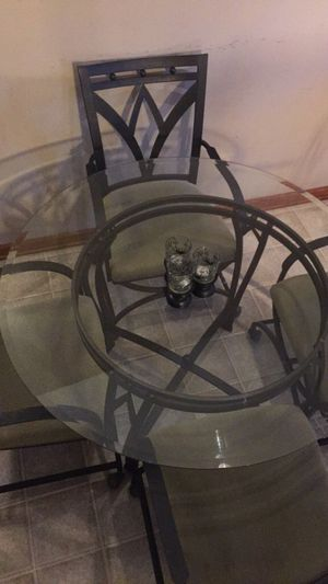 Glass kitchen table and chairs for Sale in Richlands, NC