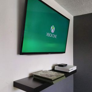 Same day TV wall mount installation for Sale in Hawthorne, CA