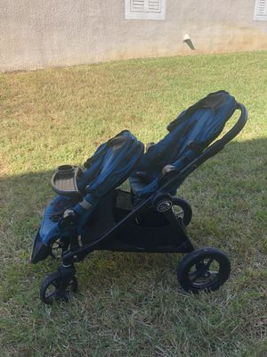 City select double stroller for Sale in Zephyrhills, FL
