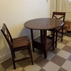 Pub style table and 2 chairs for Sale in Chicago, IL