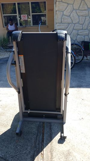 Pro-form 330x treadmill. Used everything still works like new. for Sale in St. Petersburg, FL