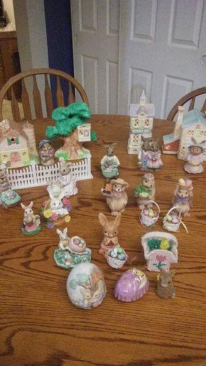 26 piece Easter set up for Sale for sale  Phoenix, AZ