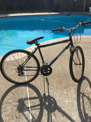 "20"" Magna Mountain Bike for Sale in Stockton, CA"