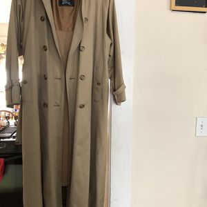 Burberry Trench for Sale in Bridgeport, CT