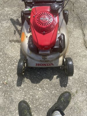 Honda mower for Sale in Stone Mountain, GA