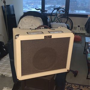 Crate Vintage 30 Amp for Sale in Chicago, IL