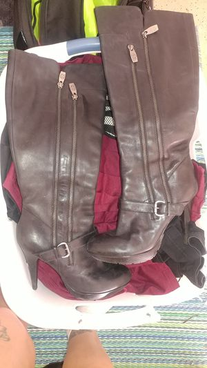 GUESS Black Boots 8m Womens for Sale in Glendale, AZ