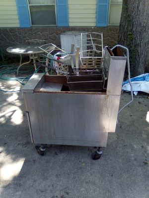 Commerical deep fryer for Sale in Fort Deposit, AL